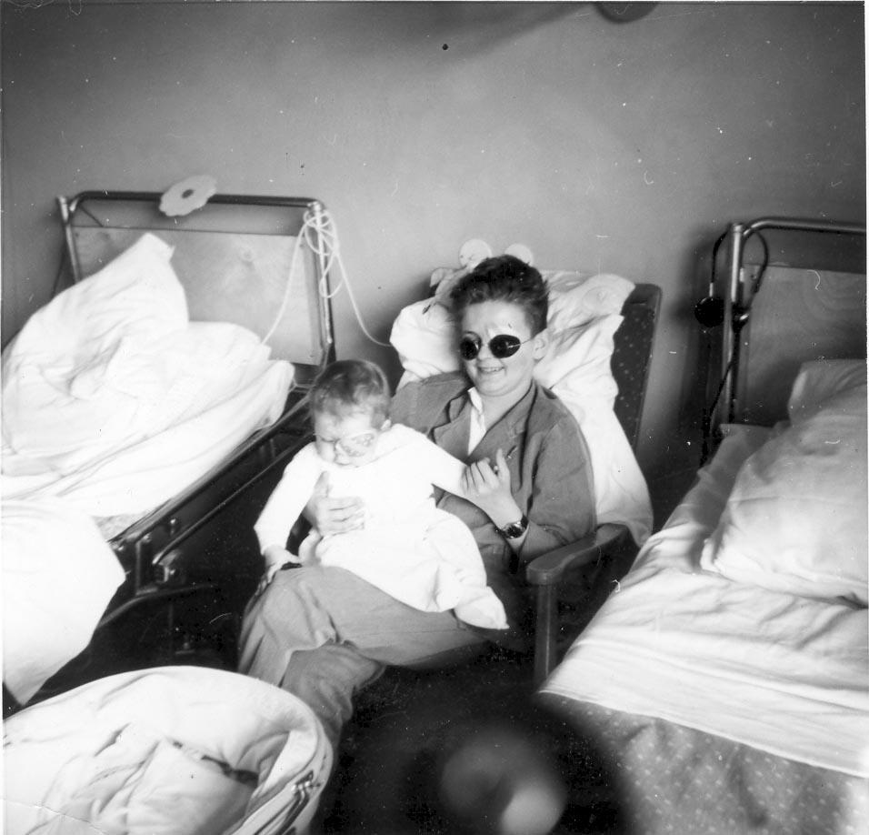 Från en vårdsal på ögonklinikens avd 2 1961